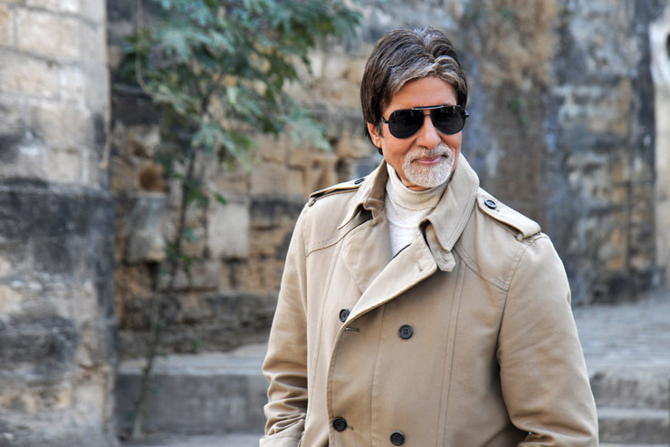 Strugglers to Celebs-amitabh-bachchan-hd-wallpaper-in-specs