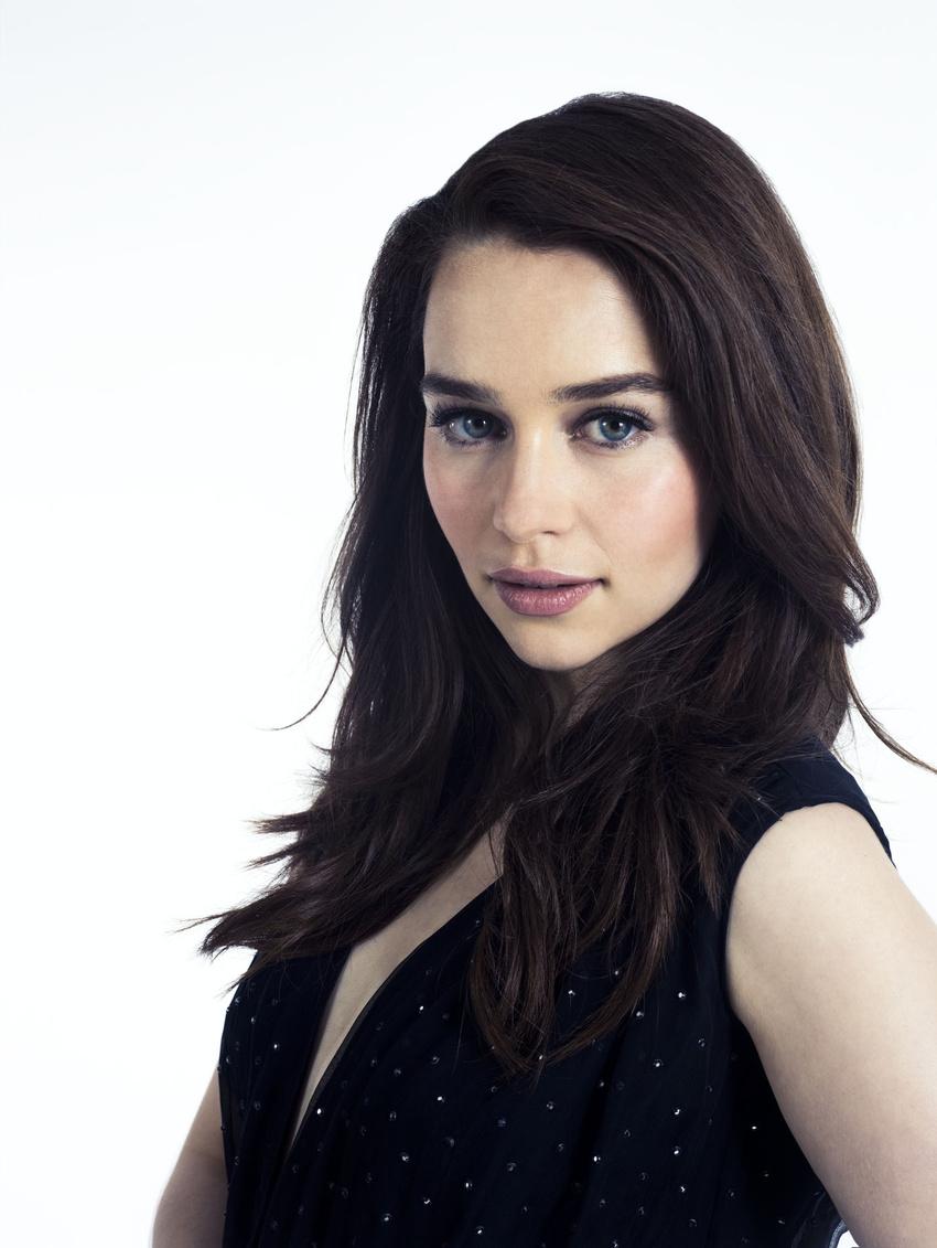 Emilia-Clarke-30