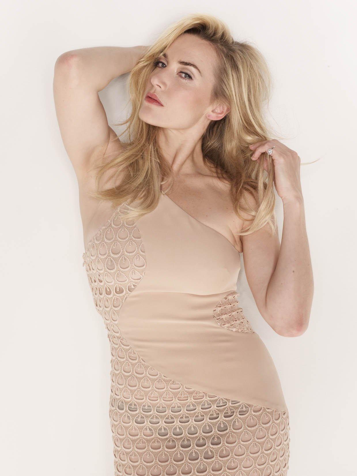 Kate-Winslet-Photoshoot-kate-winslet-23342977-1239-1650