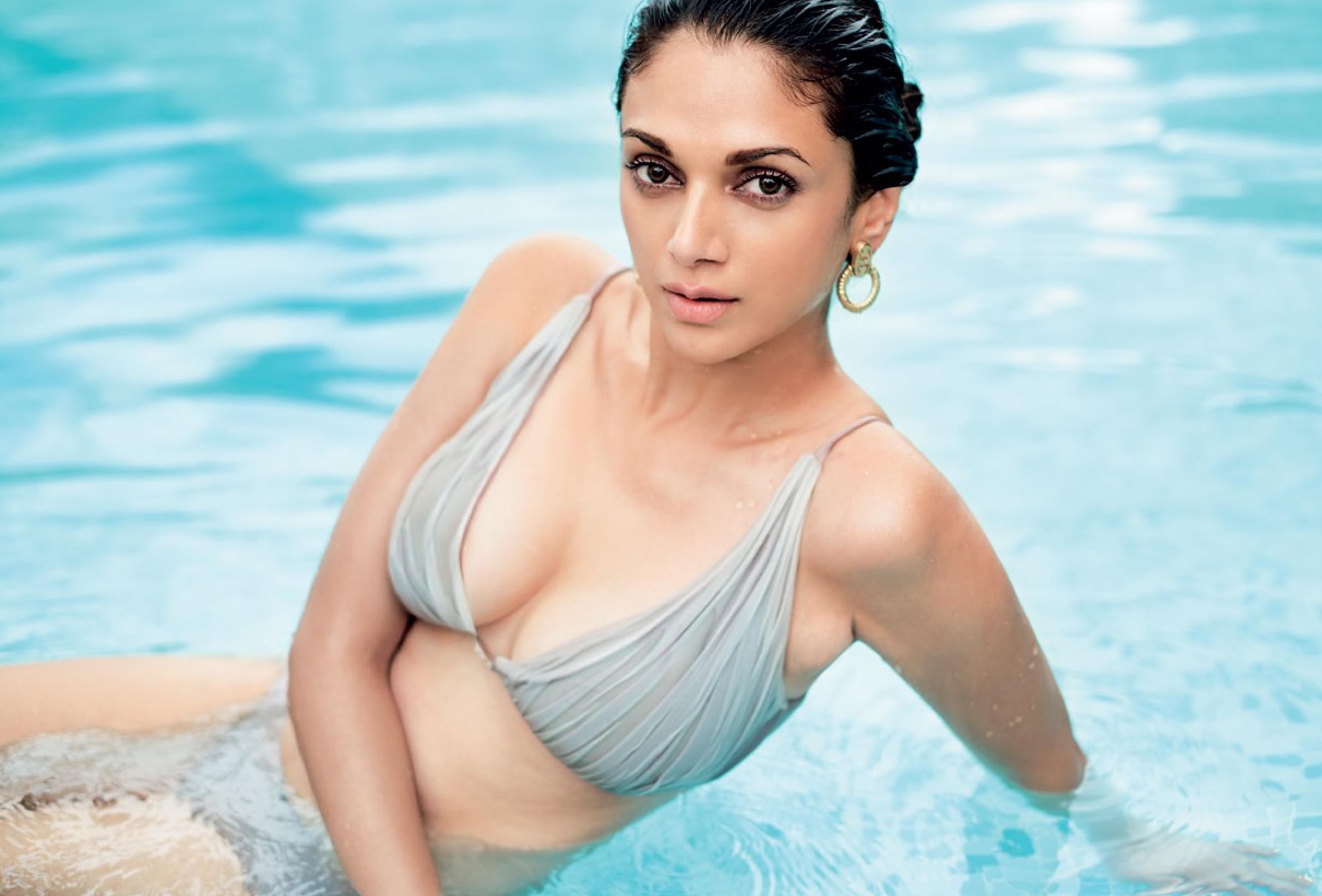 Hot pics of aditi rao hydari that are too hot to handle for Hot images blog