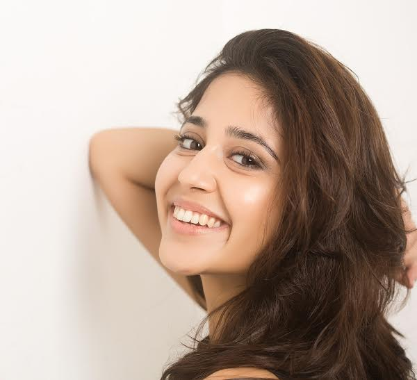 13 pics of Shweta Tripathi that make you fall in love with her
