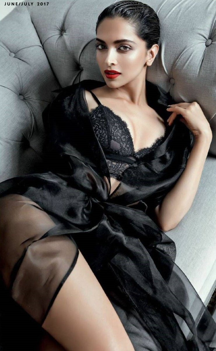 Sexy pics of dipika padukone